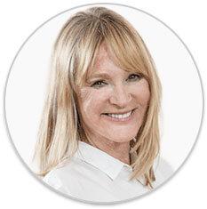 Kreisrundes Profilbild der lächelnden Dr. med. Petra Bracht mit ihrem Namen darunter